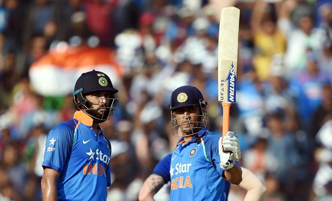 Yuvraj Singh and MS Dhoni shares 256-run partnership for fourth wickets at Cuttack.