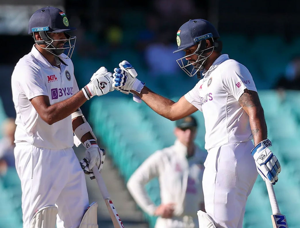 Ashwin and Vihari added unbeaten 62-run for sixth wicket.